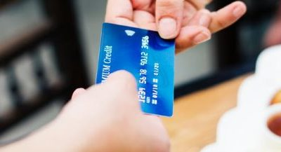 Is It Better to Pay Off Your Credit Card or Keep a Balance
