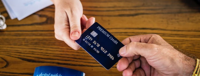 How Do Travel Credit Cards Work